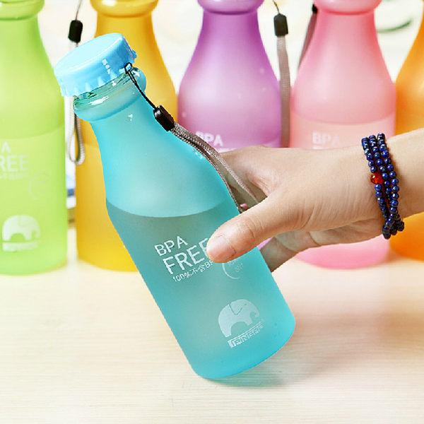 PS Mall 防漏攜帶式摔不破汽水瓶 密封暖水瓶 創意運動水瓶 收納罐收納桶【J1489】