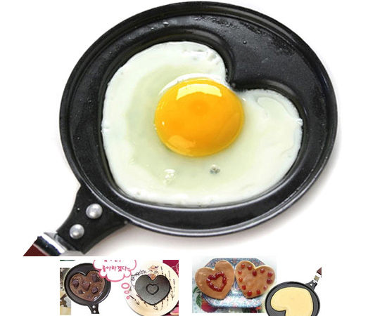 PS Mall╭*愛心型迷你款煎蛋鍋(附蓋)巧克力鍋煎蛋器/煎餅鍋/不沾鍋 180g 【J076】