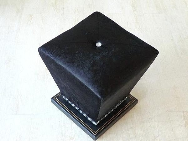 【尚品傢俱】126-01 金鑽黑色絨布旋轉沙發椅