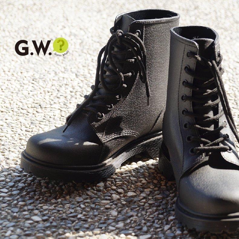 G.W.◤低跟仿真皮質雨鞋◢復古嬉皮☁粗跟中筒靴登山防滑☂防水雨靴短靴子☁馬丁靴綁帶☁百搭帥氣中性☁尺碼適合35-40GUESSWHAT