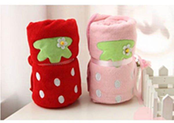 =優生活=《 熱賣款 》日單 草莓珊瑚絨毯 空調毯 毛毯 小抱枕 小號