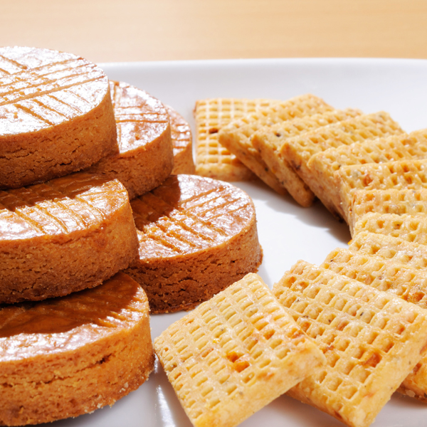 [食在品味]免運環保組 法國鄉村餅乾2包免運 布列塔尼酥餅+南法風味鹹餅