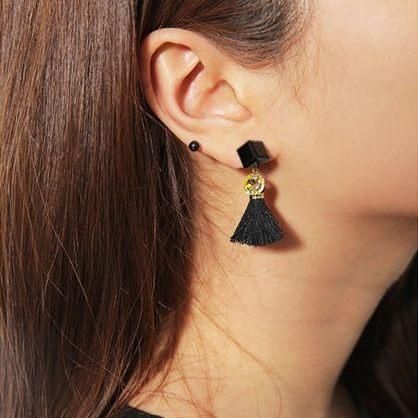 PS Mall 韓版新款 時尚細線 流蘇壓克力 正方體耳釘 飾品 首飾 耳環 耳針 【G1861】