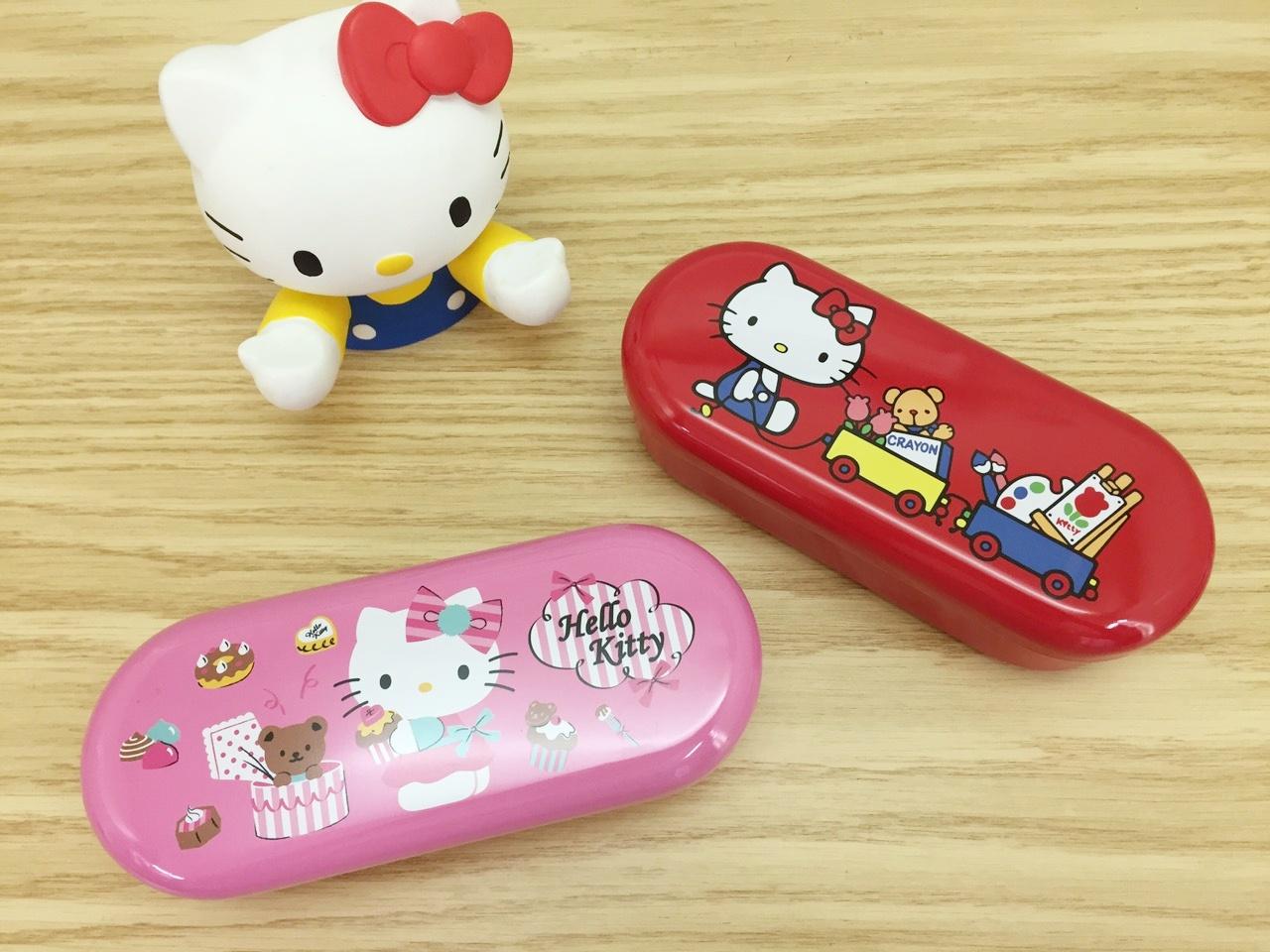 【真愛日本】15100900027 橢圓萬用鐵盒-兩款 KITTY 凱蒂貓 三麗鷗 文具用品 鉛筆盒 收納
