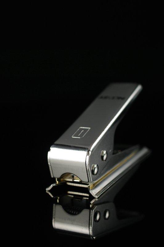 又敗家@ SIM剪卡器將SIM卡裁成micro SIM裁卡器裁卡機 microSIM轉接卡轉接器轉卡適配卡延伸卡托還原Apple蘋果iPad iPhone 4 4G