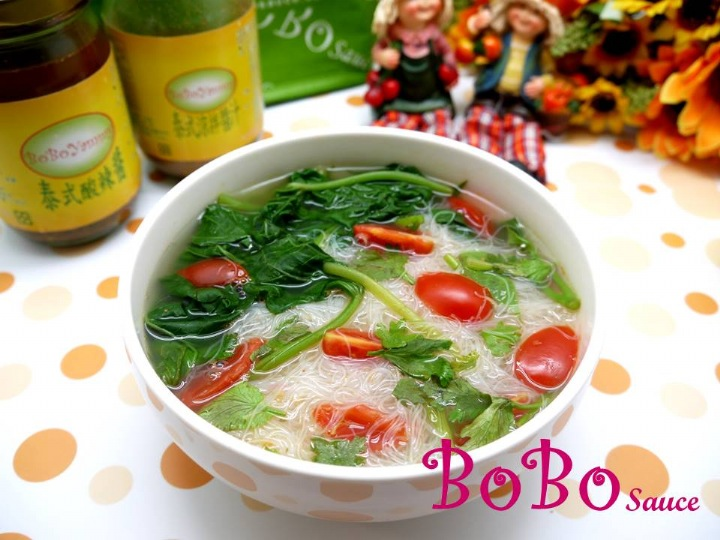 BOBO 食譜 - 全素食泰式米粉湯