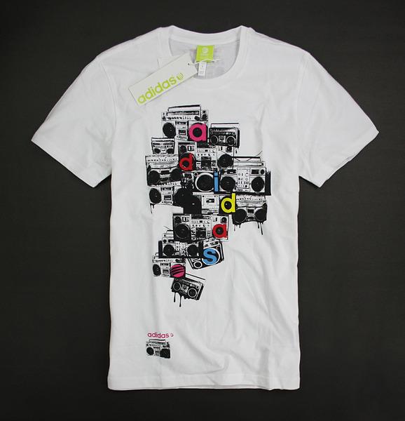 美國百分百【全新真品】adidas 愛迪達 復古 收音機 壓印塗鴉 白色 短袖 T恤 S M L號 可超取