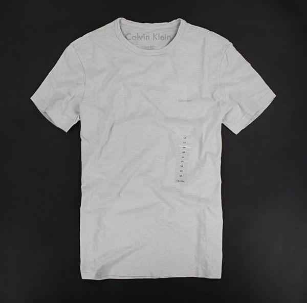 美國百分百【全新真品】Calvin Klein CK 春夏新款 logo 紋路 男款 淺灰 素T T恤 T-shirt Tee S號