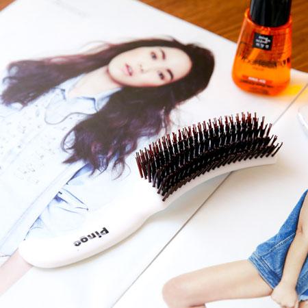 Pingo 品工 精緻鬃毛尼龍S梳 梳子 美髮梳 鬃毛梳 S型梳 台灣【B062361】