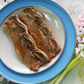 美國CHOICE級帶骨牛小排200g-肋脊部★精選牛的肋脊部、片片油花均勻分佈,入口即化的美味★優食網