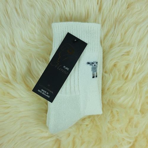 紐西蘭羊毛襪(腳ㄚ子的羊毛衣*超厚襪)(羊咩咩)天然羊毛米白色