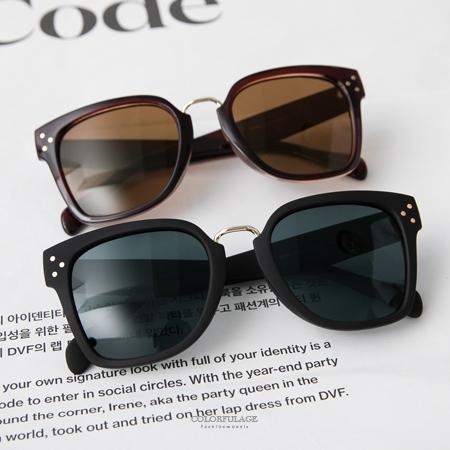 韓系墨鏡 率性感方框側邊金屬3圓點造型太陽眼鏡 中性男女都適合 柒彩年代【NY332】抗UV400