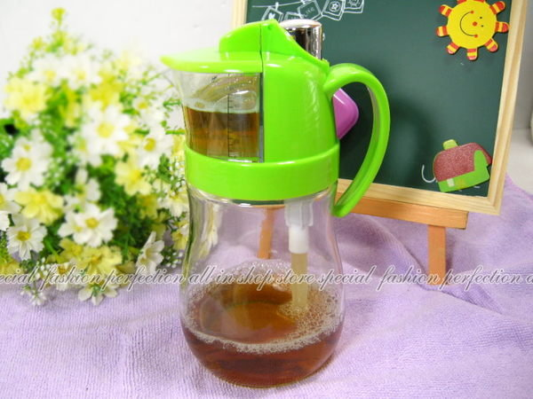 TV熱銷WS207定量玻璃油壺 可計量油壺 油瓶 醋瓶 600ML玻璃量油瓶【DI476】◎123便利屋◎