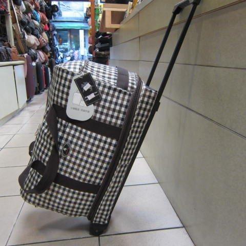 ~雪黛屋~Joekey 拉桿側拖型可加大旅行袋 輕量防水尼龍布鋁合金多段式拉桿 JK606 方格