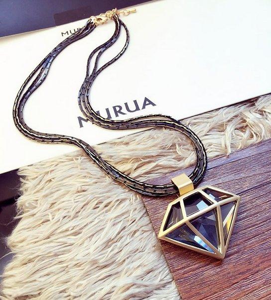 有品質 才來賣 高端 鑽石設計 外觀 典雅 水晶項鍊 黑金 金項鍊 女 男都可以配戴