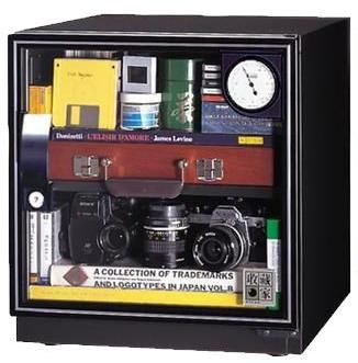 收藏家 AD51 電子防潮箱