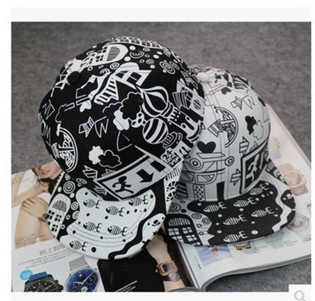 50%OFF【C019445H】韓版塗鴉嘻哈棒球帽子潮男女黑白色學生帽防曬帽夏日青少年平沿帽
