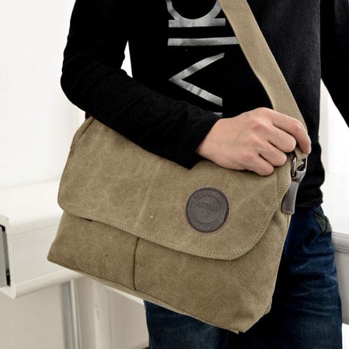 斜背包-韓版極簡風素色牛皮LOGO中性款帆布斜背包 包飾衣院 J1052 現貨