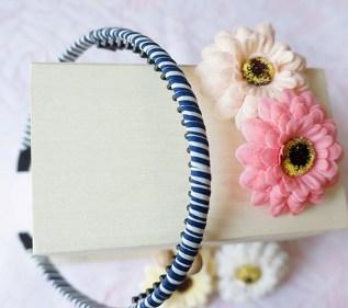 *OHLALA*韓國流行款-「不咬髮」螺旋條紋髮箍-藍白