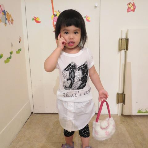 熱汽球潮流童裝~正韓~女童短袖鑲鑽高跟鞋上衣  白色