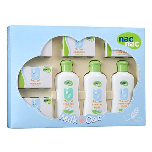 【奇買親子購物網】寶貝可愛 Nac Nac 牛奶燕麥護膚禮盒八件組/附提袋