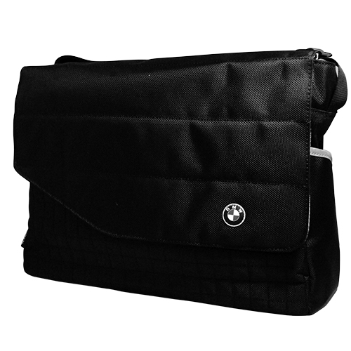 ★衛立兒生活館★Maclaren 瑪格羅蘭-BMWxMaclaren 時尚爸爸包 (附尿片墊,合計4件組)(媽媽包)