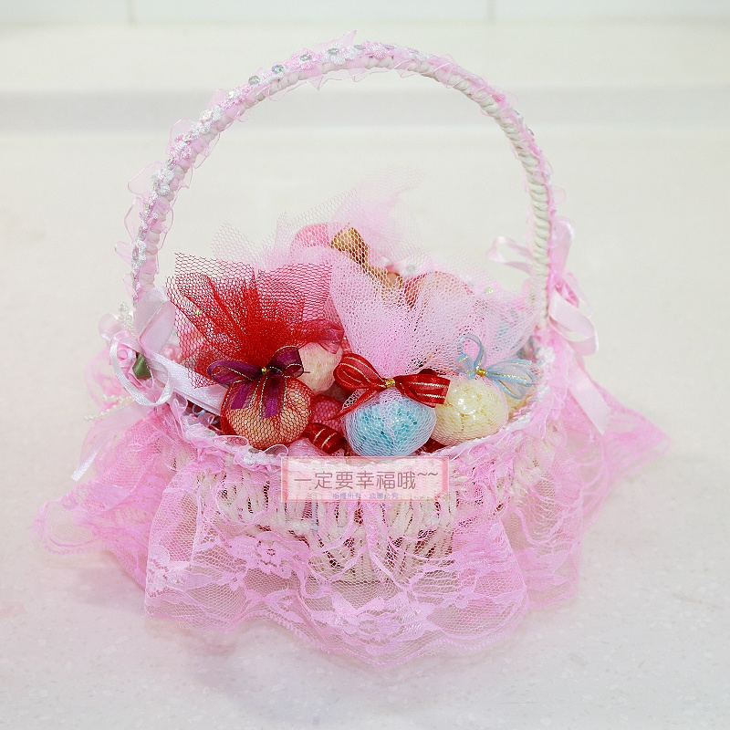 一定要幸福哦~~卡哇依小提籃+手工皂20個、婚禮小物、喜糖、喜籃、花瓣