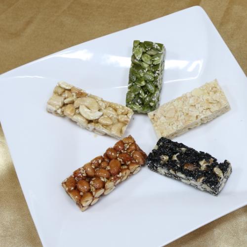 【食在幸福 雪花餅】綜合堅果 (每包200克,5種口味)