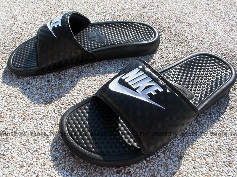 Shoestw【343881-011】NIKE WMNS BENASSI JDI 運動拖鞋 黑白 菱格 男女生尺寸