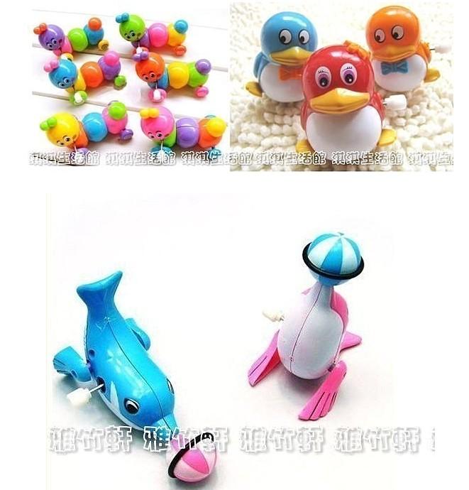 淇淇婦幼館【QQ036】會走的發條小玩具,不用電,簡單,好玩,可增進小朋友的爬行或走動意願