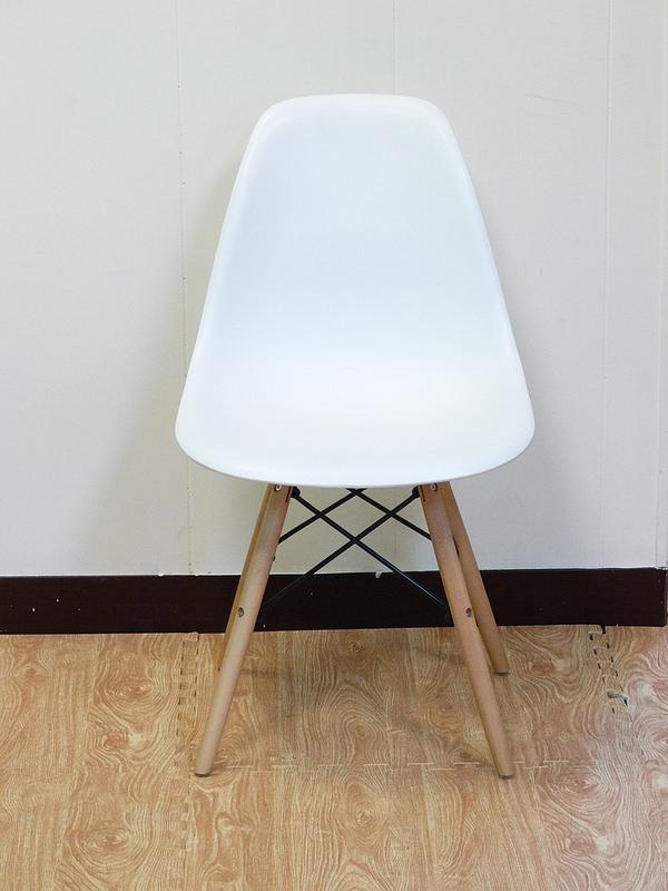 【新生活家具】 白色 北歐風 伊姆斯 餐椅 電腦椅 書桌椅 DSW Eames 歐瑞 非 H&D ikea 宜家