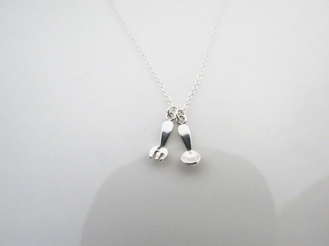 ::C%手工飾品:: 小小湯匙與叉子  (鎖骨短鍊 925純銀項鍊 銀飾)