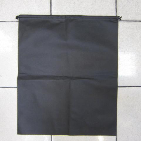 ~雪黛屋~防塵套包包物品收納防塵套男女包皆可使用收納必備防水不織布材質可摺疊收納展開收納束口設計 黑(大)