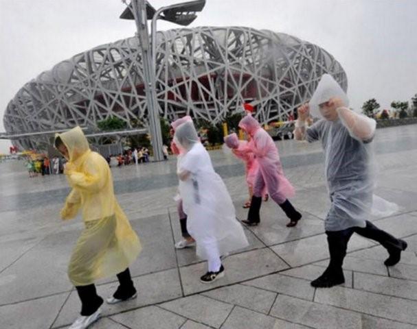 【意生】男女輕便雨衣 一次性雨衣 便攜雨衣 戶外作業 旅遊必備 生活必備免洗拋棄式臨時雨衣防雨套