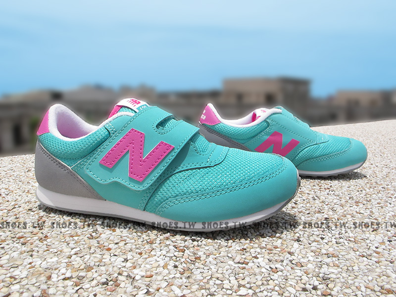 Shoestw【K620API】NEW BALANCE 膠底 防滑 童鞋 運動鞋 小童 綠桃灰