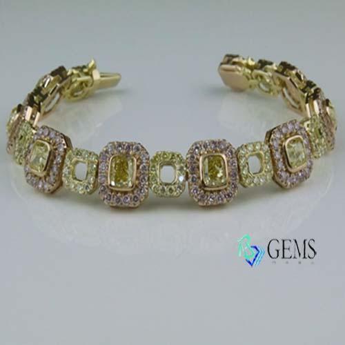 (售出)GIA認證彩鑽 5.55克拉濃彩黃鑽典雅手鍊 Radiant Gems閃亮寶石