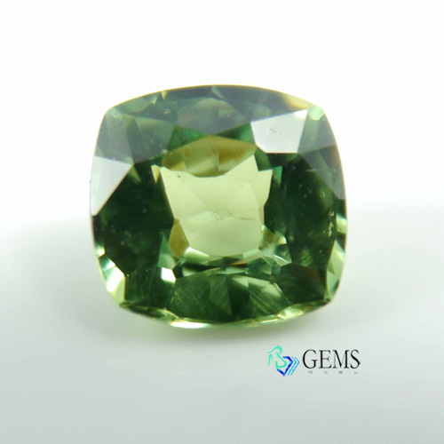 翠榴石 濃綠榴石 demantoid 1.03克拉 天然彩寶系列 Radiant Gems閃亮寶石