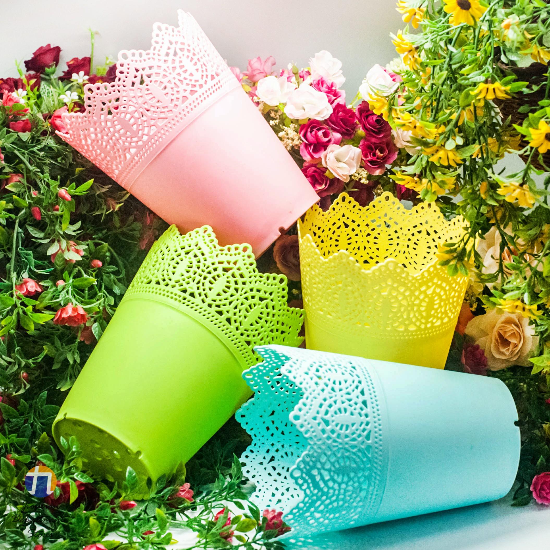 {九聯百貨} 4色 (大) 藝術花邊 家飾籃 造型花盆 (花邊造型) 桌上盆 塑膠花盆 4色 (大)