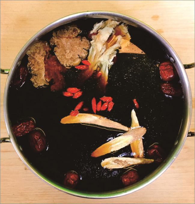 ❤要三鍋❤★ 蔬食元氣黑湯鍋★養生藥膳鍋底【1-2人份】養生火鍋►藥膳鍋►素食可食►800公克±5%