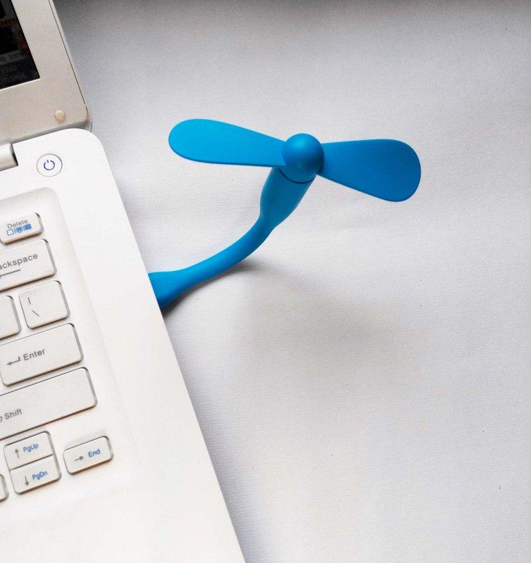 【竹蜻蜓來啦】放在荷包里的 小風扇 超輕便 USB 風扇 迷你扇 小米同款 可插 行動電源 筆電 免充電