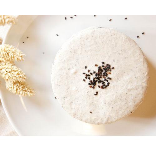 沁心胡麻乳酪蛋糕 / 4吋