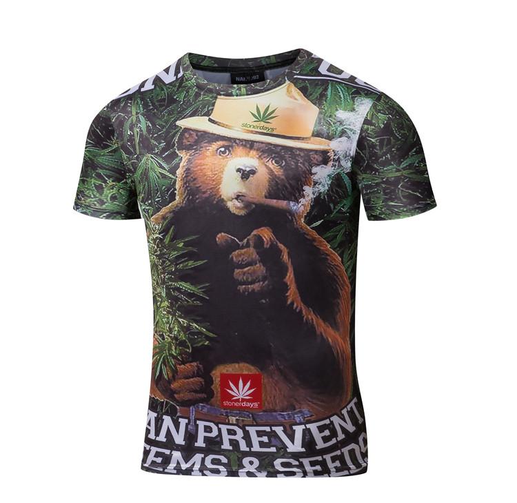 50%OFF【A012120C】叢林大麻熊滿版數位印花美式潮流街頭明星同款短袖T牛奶絲男女可穿