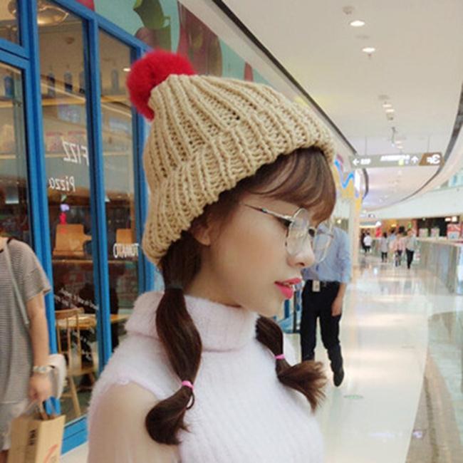 50%OFF【E019965WH】秋冬季新款毛線帽純色簡約彩色大毛球加厚保暖針織帽冷帽套頭帽女