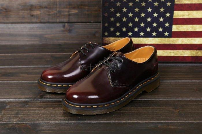 【九十度馬丁管】【兩日到貨】【免運】【3孔擦色酒紅】Dr. Martens馬丁馬汀靴子