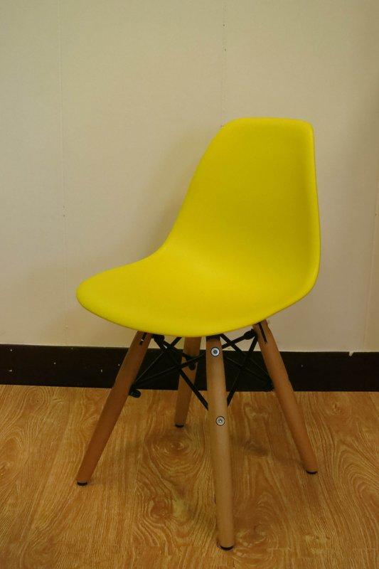 【新生活家具】 黃色 北歐風 實木腳 餐椅 兒童椅 伊姆斯 DSW Eames 歐瑞 非 H&D ikea 宜家