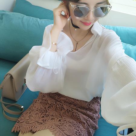 SISI【L6056】透視感翻領純色V領長袖花瓣袖修身雪紡襯衫上衣