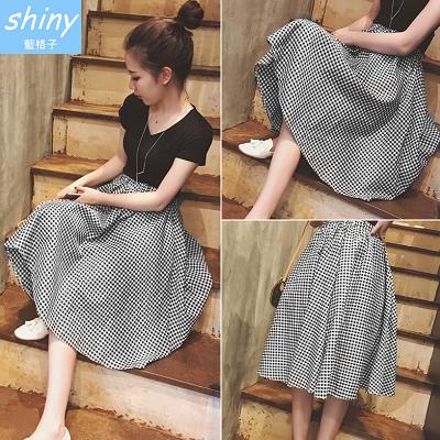 【V1105】shiny藍格子-甜美點綴.經典黑白格鬆緊腰中長裙