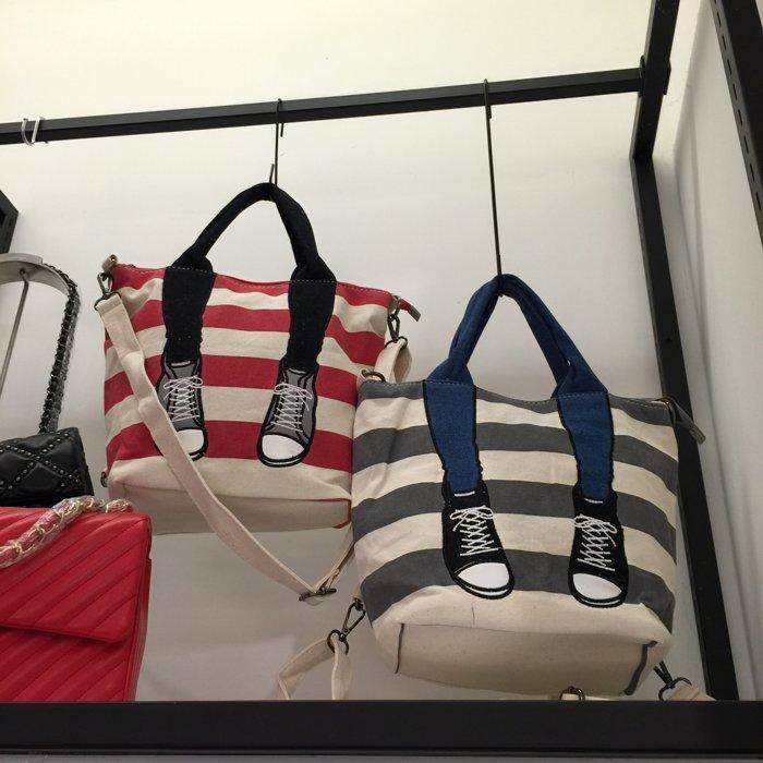 日本mis zapatos 翻玩 球鞋美腳 條紋帆布包 手提包 後背包 側背包 肩背包