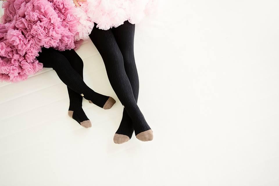 台灣設計師 [ La Lovie ]  雪佛龍緹花褲襪_黑色 【百搭!若影若現緹花圖案】