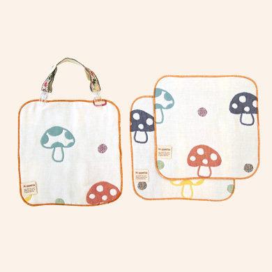日本 Hoppetta 毛巾夾 圍兜夾 奶嘴鍊 含三條蘑菇款小方巾 手帕 口水巾
